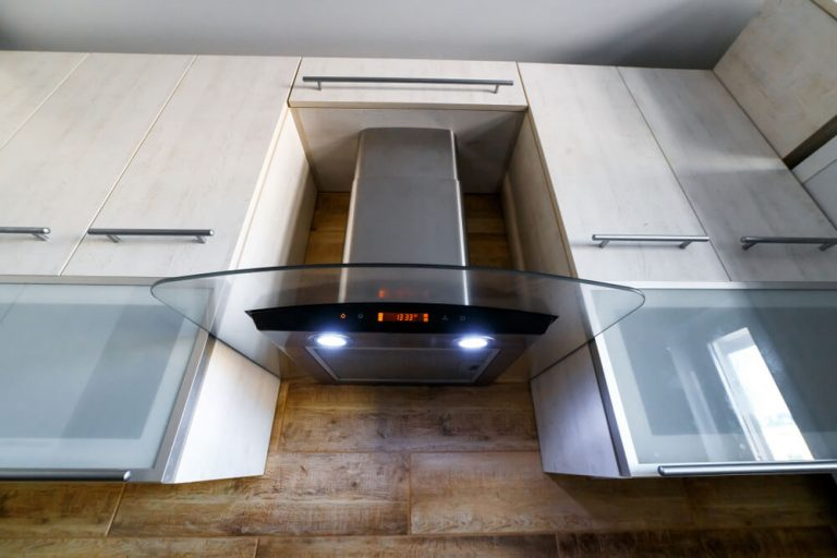 Elegant Looking Kitchen Range Hood