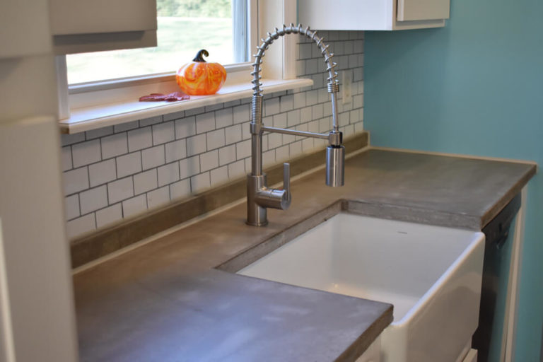 Farmhouse Sink In a Remodeled Kitchen