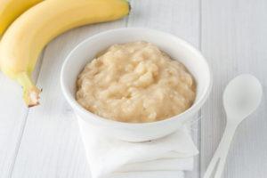 A bowl of mashed bananas